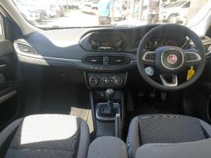 Fiat Tipo sedan 1.4 Easy - Image 8