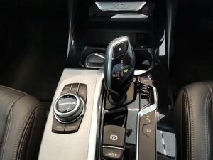 BMW X3 Xdrive 20d - Image 12