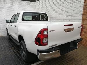 Toyota Hilux 2.8GD-6 double cab Raider auto - Image 12