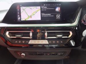 BMW Z4 sDRIVE20i M Sport automatic - Image 4
