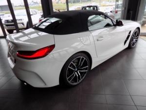 BMW Z4 sDRIVE20i M Sport automatic - Image 8