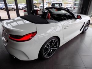 BMW Z4 sDRIVE20i M Sport automatic - Image 9