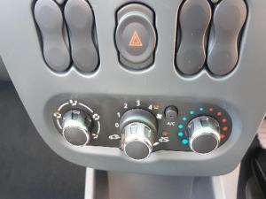 Nissan NP200 1.6 Safety PackS/C - Image 19