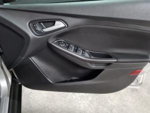 Ford Focus hatch 1.0T Trend - Image 13