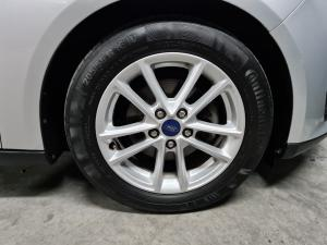 Ford Focus hatch 1.0T Trend - Image 8