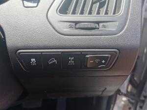 Hyundai ix35 2.0CRDi 4WD Elite - Image 11
