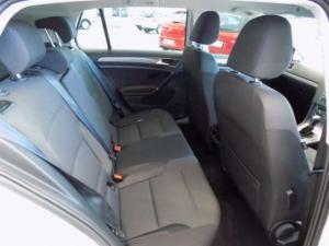 Volkswagen Golf VII 1.4 TSI Comfortline DSG - Image 21