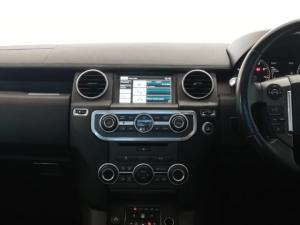 Land Rover Discovery SCV6 HSE - Image 12