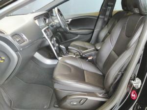 Volvo V40 T4 Momentum auto - Image 7