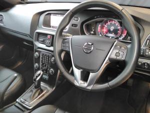 Volvo V40 T4 Momentum auto - Image 9