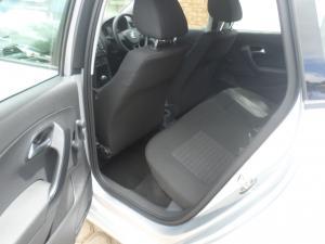 Volkswagen Polo Vivo hatch 1.4 Trendline - Image 14