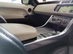 Land Rover Range Rover Sport 4.4 SDV8 HSE - Image 15