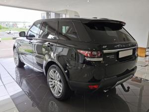 Land Rover Range Rover Sport 4.4 SDV8 HSE - Image 4