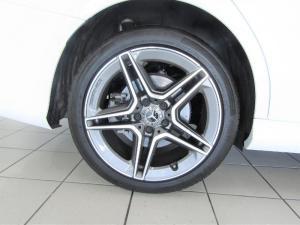Mercedes-Benz C200 automatic - Image 13