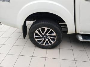 Nissan Navara 2.3D double cab 4x4 LE auto - Image 9