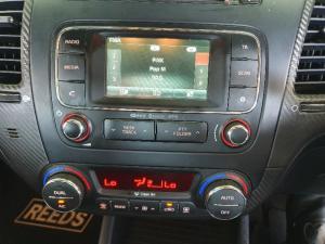 Kia Cerato Koup 1.6T - Image 11
