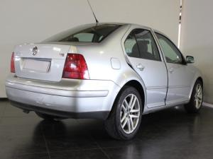 Volkswagen Jetta 4 V5 - Image 3