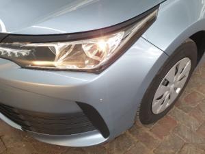 Toyota Corolla Quest 1.8 auto - Image 12