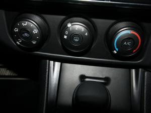 Toyota Corolla Quest 1.8 auto - Image 19