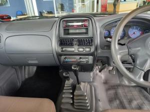 Nissan Hardbody NP300 2.5 TDi LWB 4X4S/C - Image 7