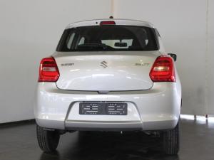 Suzuki Swift 1.2 GL auto - Image 4