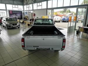 Nissan NP300 Hardbody 2.5TDi - Image 4