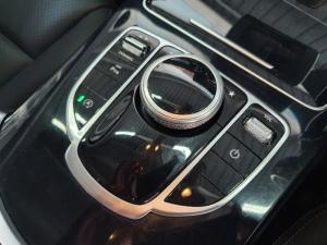 Mercedes-Benz C-Class C200 auto - Image 12