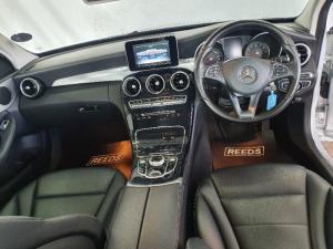 Mercedes-Benz C-Class C200 auto - Image 14