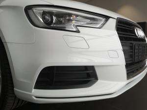 Audi A3 sedan 1.0TFSI auto - Image 10
