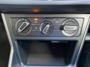 Volkswagen Polo 1.6 Conceptline 5-Door - Image 13