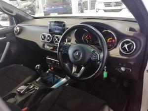 Mercedes-Benz X220d Progressive - Image 3