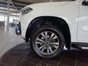 Mercedes-Benz X220d Progressive - Image 6