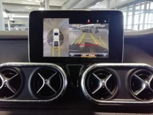 Mercedes-Benz X220d Progressive - Image 7