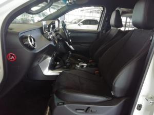 Mercedes-Benz X220d Progressive - Image 8