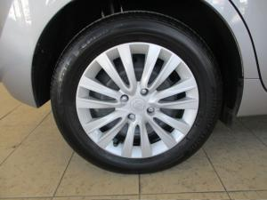 Toyota Starlet 1.4 Xi - Image 9