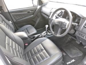 Isuzu mu-X 3.0 4WD - Image 17