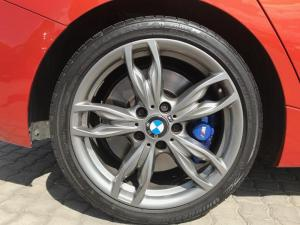 BMW M140i Edition M Sport Shadow 5-Door automatic - Image 5