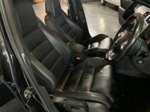 Volkswagen Golf VI GTI 2.0 TSI DSG - Image 12
