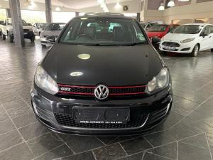 Volkswagen Golf VI GTI 2.0 TSI DSG - Image 2