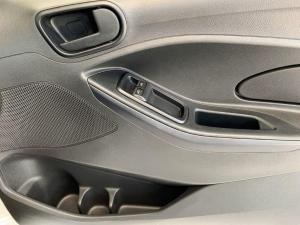 Ford Figo hatch 1.5 Ambiente - Image 13