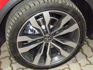 Volkswagen T-ROC 2.0 TSI 4M R-LINE DSG - Image 8