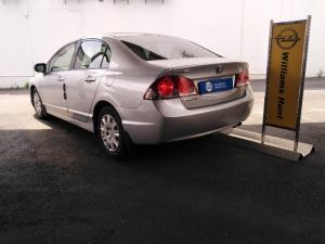 Honda Civic sedan 1.8 LXi automatic - Image 6