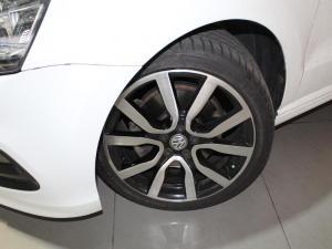 Volkswagen Polo GP 1.0 TSI R-LINE DSG - Image 2