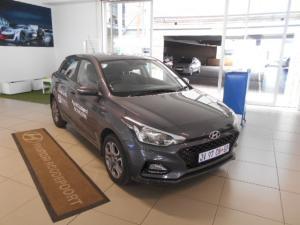 Hyundai i20 1.4 Fluid auto - Image 1