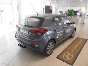 Hyundai i20 1.4 Fluid auto - Image 8
