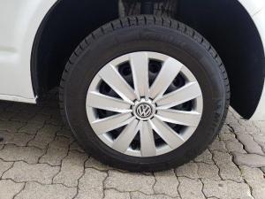 Volkswagen Kombi 2.0TDI SWB Trendline auto - Image 9