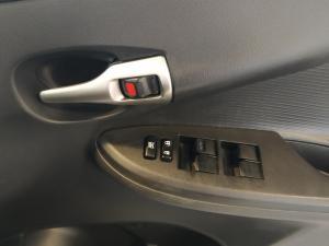 Toyota Corolla Quest 1.6 auto - Image 16