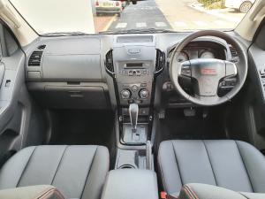 Isuzu D-Max 250 double cab X-Rider auto - Image 14