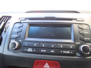 Kia Sportage 2.0 auto - Image 14