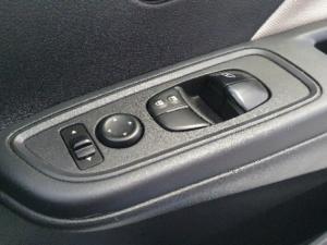 Nissan Micra 900T Acenta - Image 15
